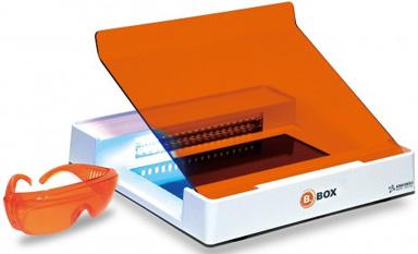 SMOBIO(TM) B-BOX蓝光透射仪